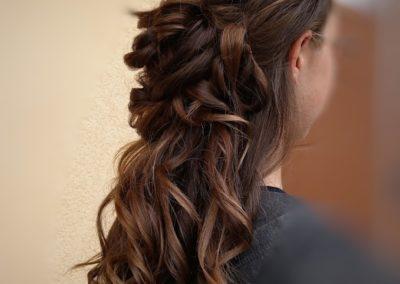 coiffure bal de fin d'année droite