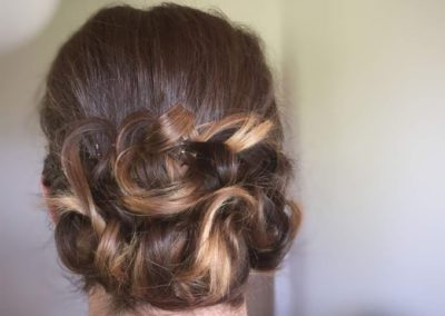 coiffure mariage bas derriere